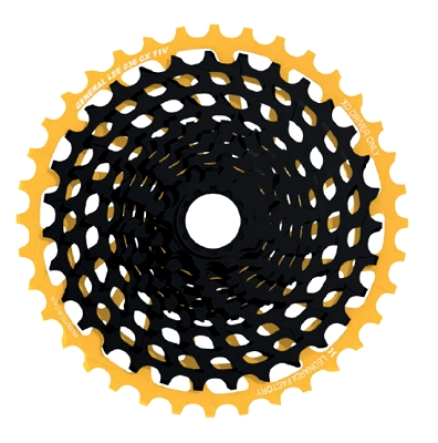 <b>New!</b> Leonardi - GENERAL LEE 936 11V - 11 speed cassette 9 tooth x 36 tooth black CNC machined/Gold 7075 T6 10 tooth second position.  Fits XD only